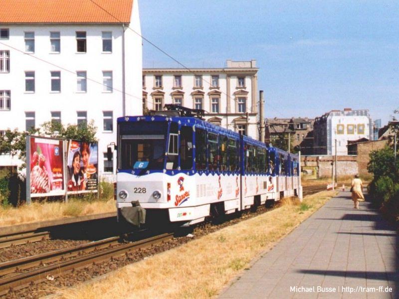 Heck-an-Heck-Verkehr KT4DM-Tw 228 und 229