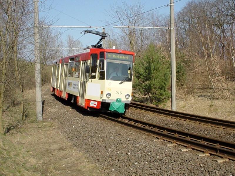 KT4DM-Tw 216 vor den Toren der Stadt