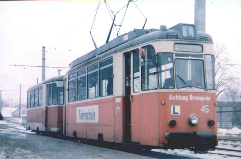 Fahrschul-Tw 45